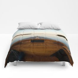Summer Mornings On The Lake Comforters