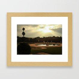 le jardins de la reine Framed Art Print
