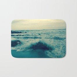Waves crashing against rocks | Beach Bath Mat
