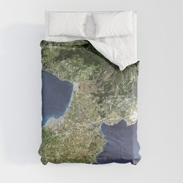 The Isthmus of Corinth has played a very important role in the history of Greece Comforters