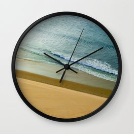 Light Reflection Wall Clock