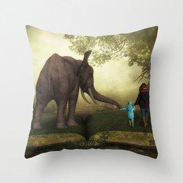 Children's dreams Throw Pillow