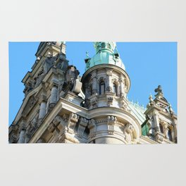 Low angle view of Town Hall in Hamburg Rug