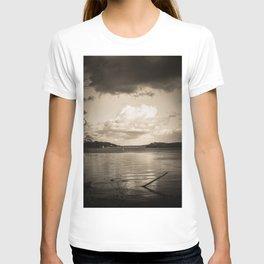 Cloudy Möhne Reservoir Lake sepia T-shirt