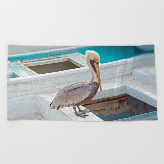 PELICAN POSE Beach Towel