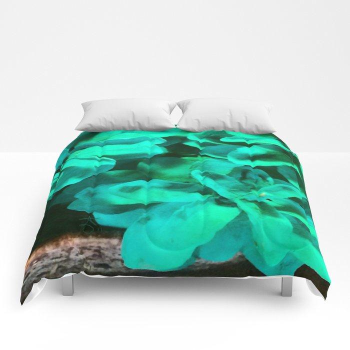Green Pinecone Roses Comforters