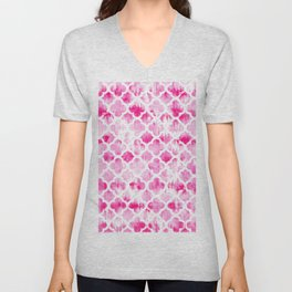Modern neon pink tie dye watercolor quatrefoil pattern Unisex V-Neck
