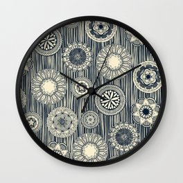 mandala cirque spot indigo cream Wall Clock