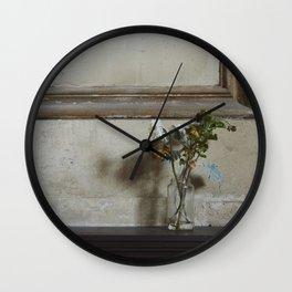 Dead Wall Clock