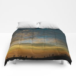 Viewing the Sunset Comforters
