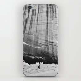White House Ruins in Black & White iPhone Skin