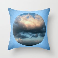 The sea... Throw Pillow