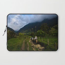 Valle de Cocora Laptop Sleeve