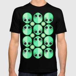 Happy Alien and Daisy Nineties Grunge Pattern T-shirt