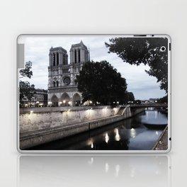 the hunchback of notre dame - seine Laptop & iPad Skin
