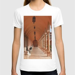 Pink Marble Arcade At Ringling Museum T-shirt