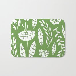 Blooming Field - green Bath Mat