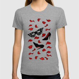 masquerade pattern - shoes, mask with rose petals T-shirt