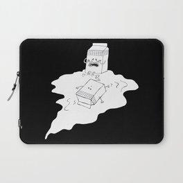 don't cry over spilt milk Laptop Sleeve