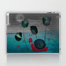 snail in a bad mood Laptop & iPad Skin