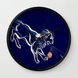 Leo in the night sky Wall Clock
