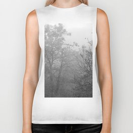 Black and white autumnal naked trees surrounded by fog Biker Tank