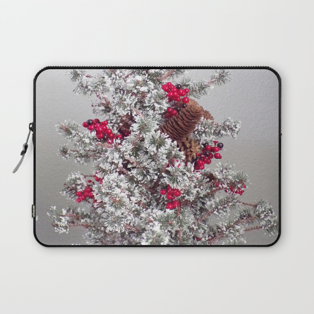 Beautiful Holiday Tree, Frosted Tree With Red Berr… Laptop Sleeve LSV8941304