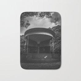 mono bandstand Bath Mat