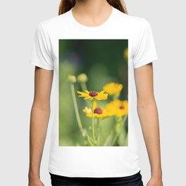 Portrait of a Wildflower in Summer Bloom T-shirt