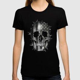 usa black and white skull T-shirt