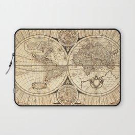 World Map circa 1643 (Nova Totivs Terrarvm) Laptop Sleeve