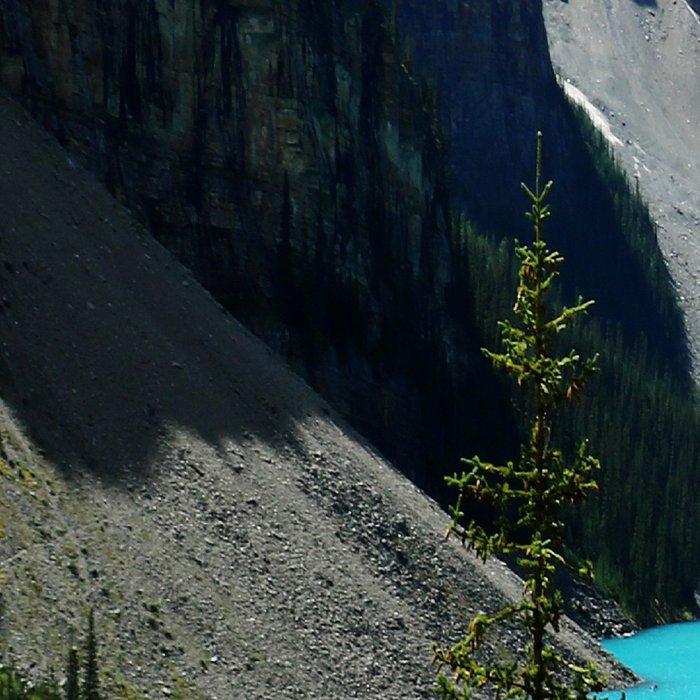 Moraine Lake, Canada Leggings