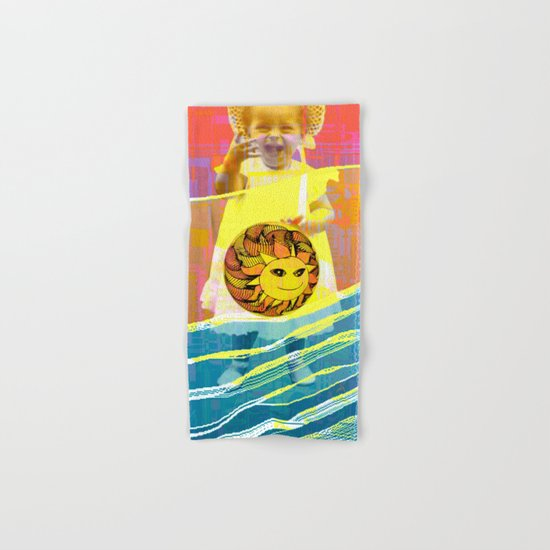 She plays with the sun / PRINCESS 23-07-16 Hand & Bath Towel