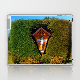 Jesus, a cross and a trimmed bush Laptop & iPad Skin