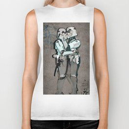 kissing clones Biker Tank