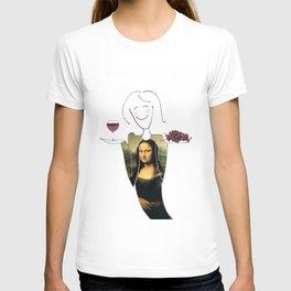 She Hearts Mona  T-shirt
