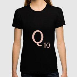 Pink Scrabble Letter Q - Scrabble Tile Art and Accessories T-shirt