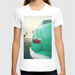 Don't bug me, I'm sleeping. T-shirt