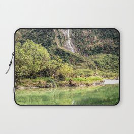 Earthy Mountain Stream // Hiking Bliss Incredible Views of the Beautiful Mountainscape Laptop Sleeve