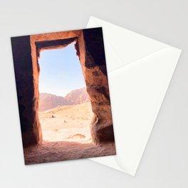 307. Desert Door, Petra, Jordanie Stationery Cards