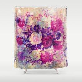 bouquet de roses Shower Curtain