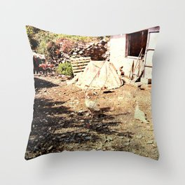 Vintage little farm house Throw Pillow