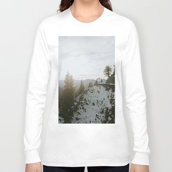Taking in the view - Landscape Photography Long Sleeve T-shirt