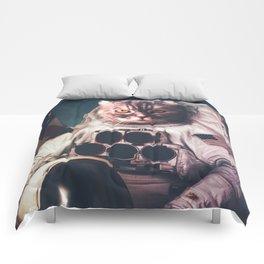 Beautiful cat astronaut Comforters