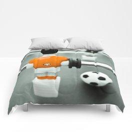 Table Football 02B - Defender - Orange (everyday 30.01.2017) Comforters