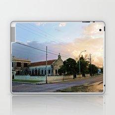 The Streets of Varadero Laptop & iPad Skin