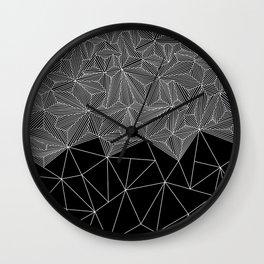 Digital Zentangle Incomplet Dark Wall Clock