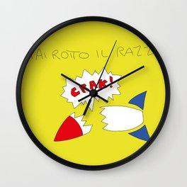 hai rotto il razzo Wall Clock