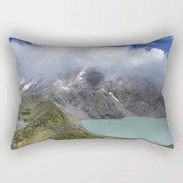 Montañas puras Rectangular Pillow