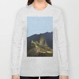 Machu Picchu, Peru Travel Artwork Long Sleeve T-shirt